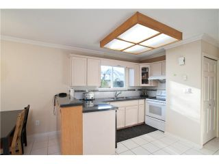 """Photo 4: 17 7171 BLUNDELL Road in Richmond: Brighouse South Townhouse for sale in """"PARC MERLIN"""" : MLS®# V922294"""