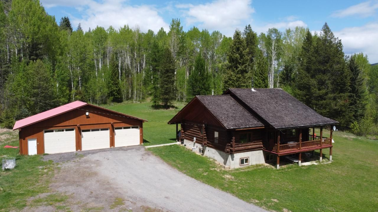Main Photo: 4110 CASINO ROAD in Trail: House for sale : MLS®# 2458968