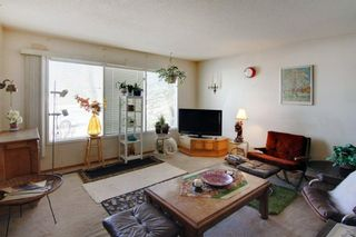 Photo 4: 5918 37 Street SW in Calgary: Lakeview Semi Detached for sale : MLS®# A1073760