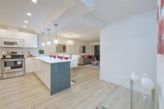 """Photo 11: 214 2255 W 8TH Avenue in Vancouver: Kitsilano Condo for sale in """"WEST WIND"""" (Vancouver West)  : MLS®# R2240375"""
