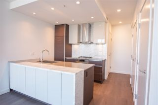 """Photo 8: 3907 4670 ASSEMBLY Way in Burnaby: Metrotown Condo for sale in """"STATION SQUARE 2"""" (Burnaby South)  : MLS®# R2332808"""