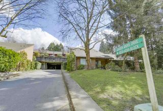 """Photo 1: 4336 GARDEN GROVE Drive in Burnaby: Greentree Village Townhouse for sale in """"GREENTREE VILLAGE"""" (Burnaby South)  : MLS®# R2406422"""