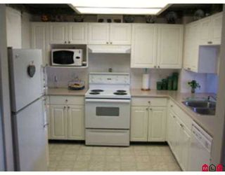 "Photo 6: 33 9036 208TH Street in Langley: Walnut Grove Townhouse for sale in ""Hunters Glen"" : MLS®# F2714166"