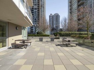 """Photo 20: 2301 2968 GLEN Drive in Coquitlam: North Coquitlam Condo for sale in """"Grand central II"""" : MLS®# R2552070"""