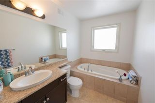 Photo 23: 23 Copperfield Bay in Winnipeg: Bridgwater Forest Residential for sale (1R)  : MLS®# 202102442