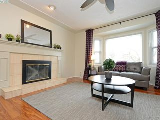 Photo 6: 4071 Santa Anita Ave in VICTORIA: SW Strawberry Vale House for sale (Saanich West)  : MLS®# 783110