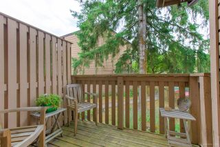 """Photo 6: 558 CARLSEN Place in Port Moody: North Shore Pt Moody Townhouse for sale in """"Eagle Point complex"""" : MLS®# R2388336"""