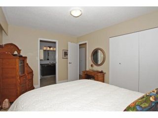 Photo 12: 1160 MAPLE Street: White Rock House for sale (South Surrey White Rock)  : MLS®# F1419274