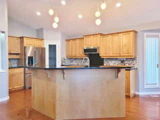 Photo 5: 18 PRESTIGE Point in Edmonton: Zone 22 Condo for sale : MLS®# E4227651
