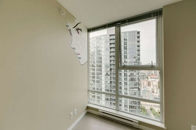 Photo 7: Photos: 2303 602 CITADEL Parade in Vancouver West: Downtown VW Home for sale ()  : MLS®# R2078141