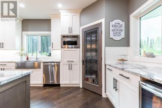 Photo 12: 3210 CHRISTOPHER DRIVE in Prince George: House for sale : MLS®# R2591636
