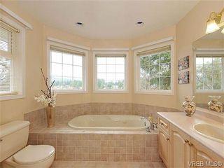 Photo 12: 948 Page Avenue in : La Glen Lake House for sale (Langford)  : MLS®# 320355