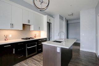 Photo 4: 405 1521 26 Avenue SW in Calgary: South Calgary Apartment for sale : MLS®# A1106456