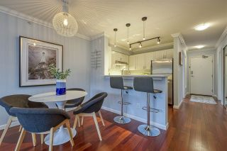"""Photo 8: 404 2161 W 12TH Avenue in Vancouver: Kitsilano Condo for sale in """"THE CARLINGS"""" (Vancouver West)  : MLS®# R2502485"""