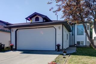 Photo 1: 8325 171A Avenue in Edmonton: Zone 28 House for sale : MLS®# E4252205