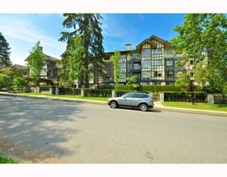 """Main Photo: 410 4885 VALLEY Drive in Vancouver: Quilchena Condo for sale in """"Maclure House"""" (Vancouver West)  : MLS®# V770363"""