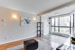 """Photo 7: 906 488 HELMCKEN Street in Vancouver: Yaletown Condo for sale in """"Robinson Tower"""" (Vancouver West)  : MLS®# R2086319"""