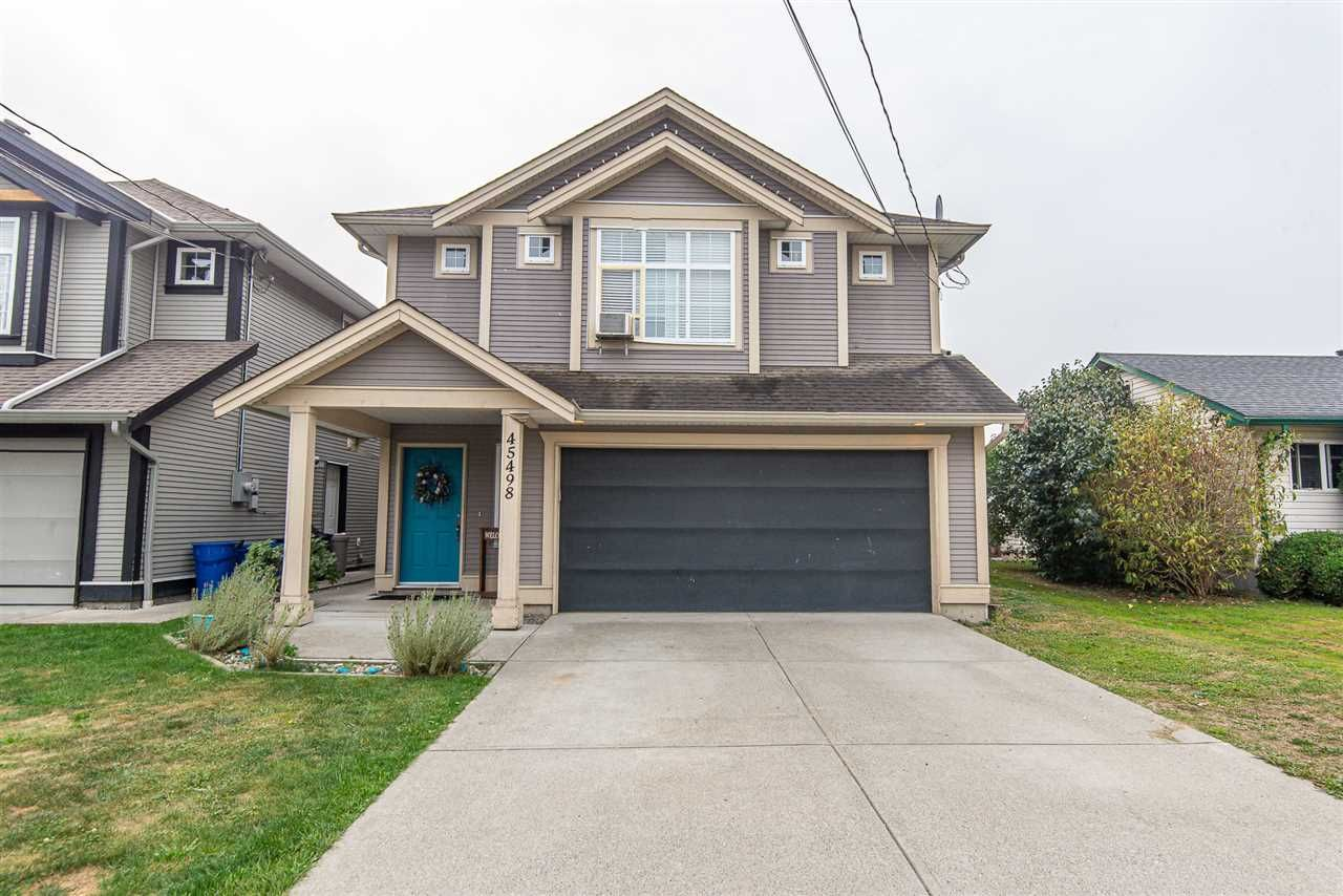 Main Photo: 45498 WELLINGTON Avenue in Chilliwack: Chilliwack W Young-Well House for sale : MLS®# R2502815