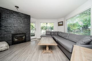 """Photo 2: 101 175 W 4TH Street in North Vancouver: Lower Lonsdale Condo for sale in """"Admiralty Court"""" : MLS®# R2606059"""
