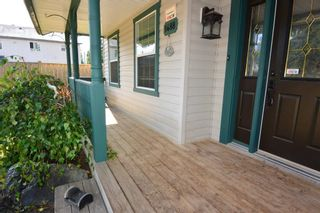 """Photo 3: 1488 WILLOW Street: Telkwa House for sale in """"Woodland Park"""" (Smithers And Area (Zone 54))  : MLS®# R2604473"""