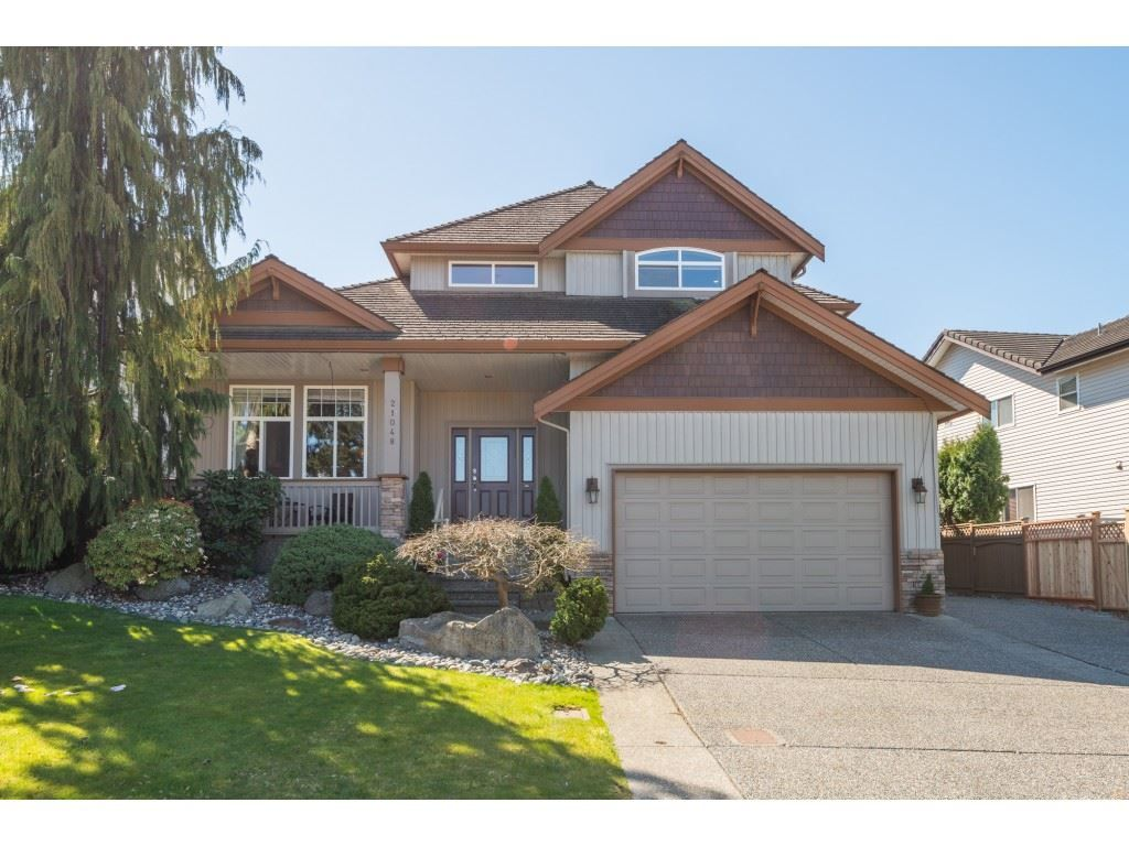"""Main Photo: 21048 86A Avenue in Langley: Walnut Grove House for sale in """"Manor Park"""" : MLS®# R2565885"""