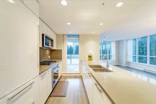 """Photo 2: 808 3093 WINDSOR Gate in Coquitlam: New Horizons Condo for sale in """"The Windsor by Polygon"""" : MLS®# R2403185"""