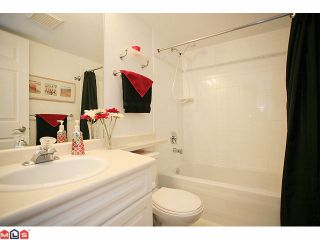 """Photo 9: 210 20189 54TH Avenue in Langley: Langley City Condo for sale in """"Catalina Gardens"""" : MLS®# F1127563"""