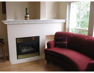 Photo 4: 227 5600 ANDREWS Road in Richmond: Steveston South Condo for sale : MLS®# V644723