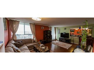Photo 5: # 2001 3771 BARTLETT CT in Burnaby: Sullivan Heights Condo for sale (Burnaby North)  : MLS®# V1124539