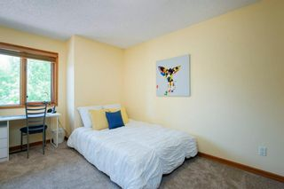 Photo 28: 27 Strathlorne Bay SW in Calgary: Strathcona Park Detached for sale : MLS®# A1120430