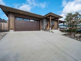 Photo 1: 5750 GENNI'S Way in Sechelt: Sechelt District House for sale (Sunshine Coast)  : MLS®# R2544525