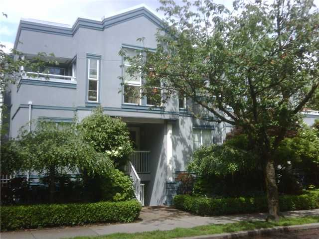 """Main Photo: 23 877 W 7TH Avenue in Vancouver: Fairview VW Townhouse for sale in """"EMERALD COURT"""" (Vancouver West)  : MLS®# V834618"""