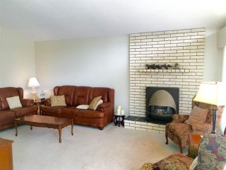 Photo 3: 10380 REYNOLDS Drive in Richmond: Woodwards House for sale : MLS®# R2082978