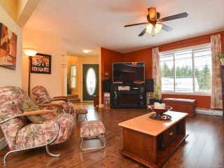 Photo 3: 483 FORESTER Avenue in COMOX: CV Comox (Town of) House for sale (Comox Valley)  : MLS®# 752915