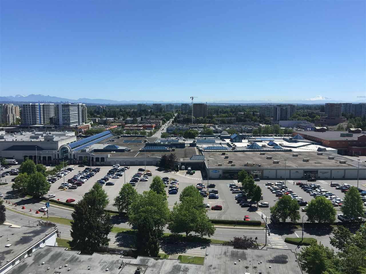 """Main Photo: 1602 6611 MINORU Boulevard in Richmond: Brighouse Condo for sale in """"REGENCY PARK TOWERS"""" : MLS®# R2077076"""