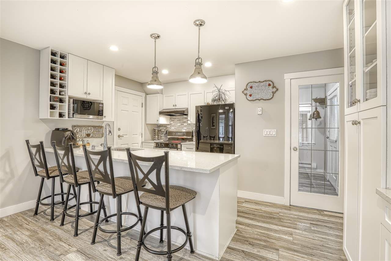 """Photo 7: Photos: 104 12099 237 Street in Maple Ridge: East Central Townhouse for sale in """"GABRIOLA"""" : MLS®# R2436710"""
