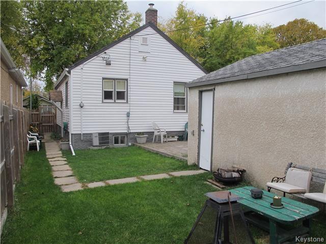 Photo 5: Photos:  in WINNIPEG: East Kildonan Residential for sale (North East Winnipeg)  : MLS®# 1527624