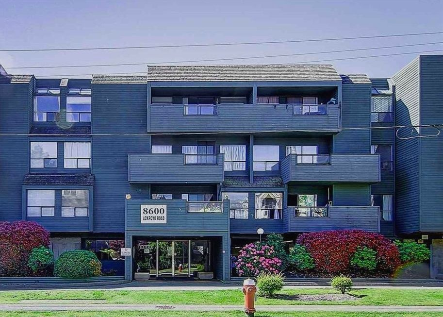 Main Photo: 317 8600 ACKROYD ROAD in Richmond: Brighouse Condo for sale : MLS®# R2206471