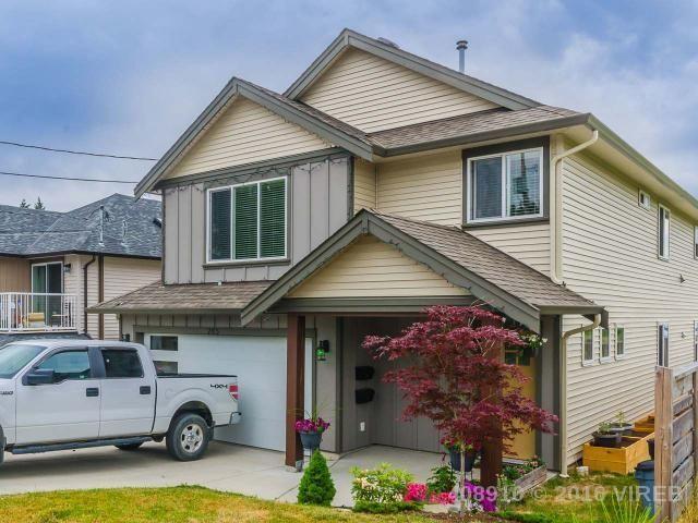 Main Photo: 285 Lambert: House for sale : MLS®# 408910