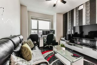 """Photo 8: 405 7777 ROYAL OAK Avenue in Burnaby: South Slope Condo for sale in """"THE SEVENS"""" (Burnaby South)  : MLS®# R2347654"""