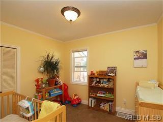 Photo 12:  in VICTORIA: SW Marigold House for sale (Saanich West)  : MLS®# 587125