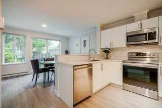 """Photo 4: 45 3368 MORREY Court in Burnaby: Sullivan Heights Townhouse for sale in """"STRATHMORE LANE"""" (Burnaby North)  : MLS®# R2457677"""