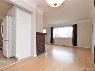 Photo 7: 2512 Shakespeare St in VICTORIA: Vi Fernwood House for sale (Victoria)  : MLS®# 716760