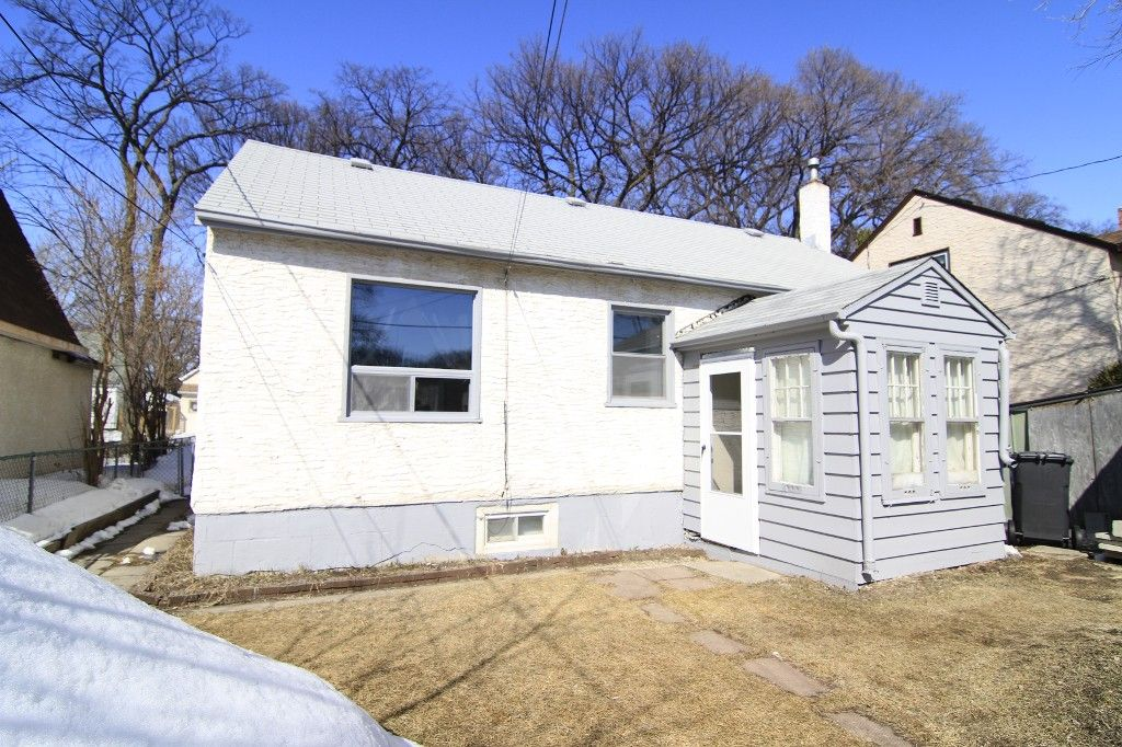 Photo 39: Photos: 963 Ashburn Street in Winnipeg: West End / Wolseley Single Family Detached for sale (West Winnipeg)  : MLS®# 1306767