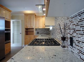 Photo 8: 1427 CORNELL AVENUE in Coquitlam: Central Coquitlam House for sale ()