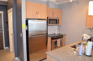 """Photo 3: 317 2943 NELSON Place in Abbotsford: Central Abbotsford Condo for sale in """"Edgebrook"""" : MLS®# R2337002"""