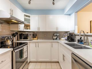 """Photo 10: 203 789 W 16TH Avenue in Vancouver: Fairview VW Condo for sale in """"SIXTEEN WILLOWS"""" (Vancouver West)  : MLS®# R2591113"""