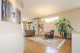 Photo 8: 11 Autumnview Drive in Winnipeg: South Pointe Residential for sale (1R)  : MLS®# 202118163