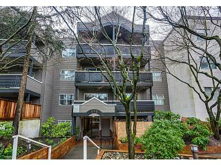 "Photo 1: 204 570 E 8TH Avenue in Vancouver: Mount Pleasant VE Condo for sale in ""THE CAROLINAS"" (Vancouver East)  : MLS®# V1105079"