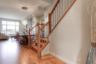 Photo 6: 2306 3 Avenue NW in Calgary: West Hillhurst Detached for sale : MLS®# A1100228
